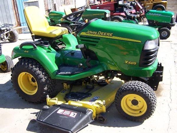 75: John Deere X585 Lawn and Garden Tractor w/ 4x4 Mowe - 8