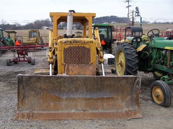 160: Cat D4D Bull Dozer. Absolute Auction!!! - 3