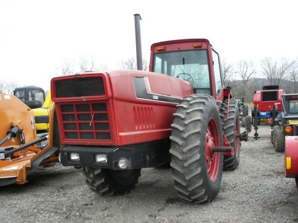 515: Case International 3588 Tractor w/ 3pt and PTO!!!