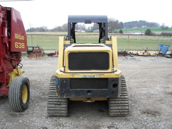 520: Nice Posi-Trac RC-50 Track Skid Steer w/ only 1500