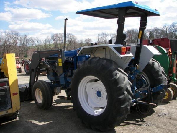 562: Nice Ford 5640 Farm Tractor w/ Allied Loader!!! - 6