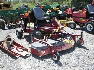 19: Toro GroundsMaster 325D Front Cut Tractor!!