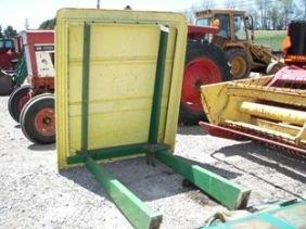 89 Like New John Deere 4020 Tractor Rops Canopy Lot 0089