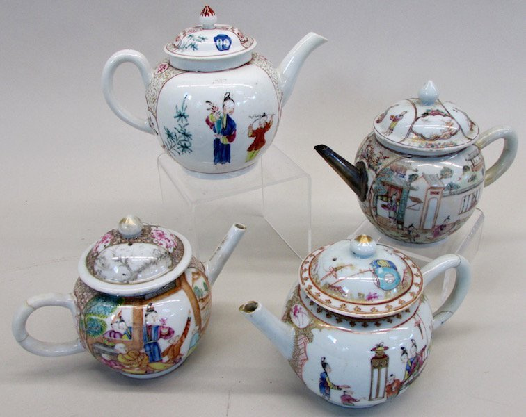 Group of 4 Chinese Export Teapots