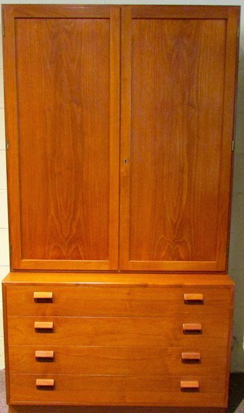 Borge Mogensen Chest of Drawers with Bookcase Top