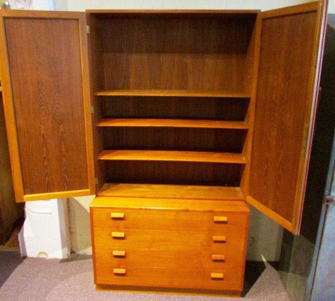 Borge Mogensen Chest of Drawers with Bookcase Top - 2