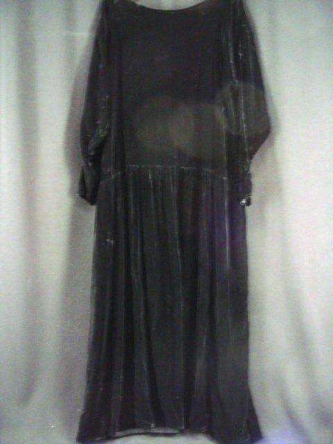 5014: Barbra Streisand Velvet Dress