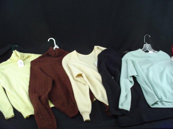 5024: Barbra Streisand Long Sleeve Sweaters