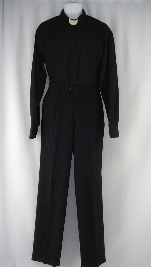 8035: Father Merrin's Priest's Shirt and Pants