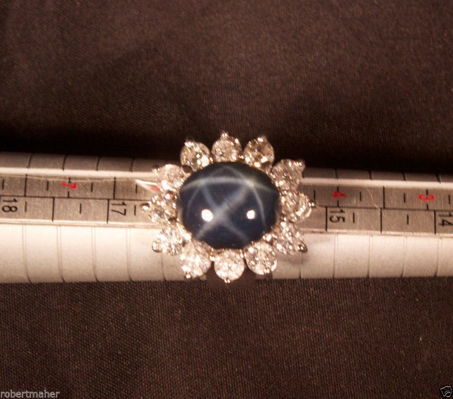 13.85 Ct Star Sapphire 14K Gold Ring With 12 Diamonds