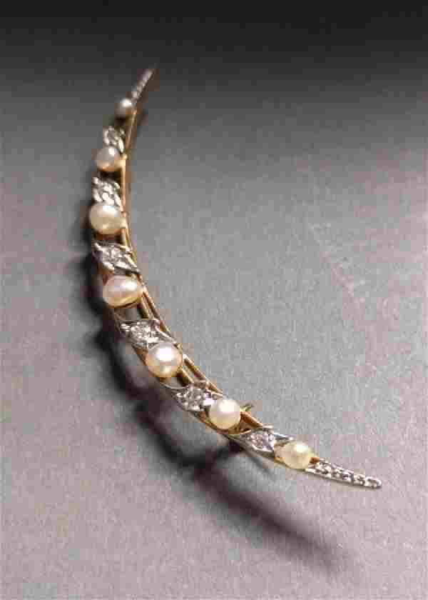 Ladies crescent-shaped pin