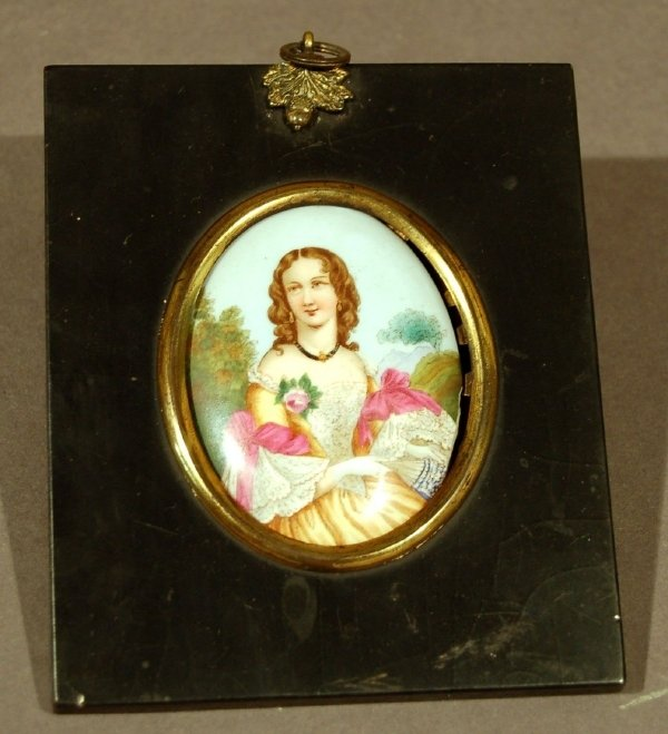 19: Portrait painted on porcelain of a woman, 19th c.,