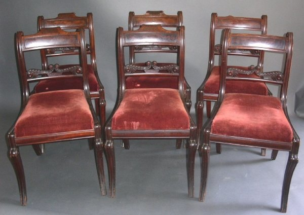 252: Set of six Federal mahogany saber leg chairs with