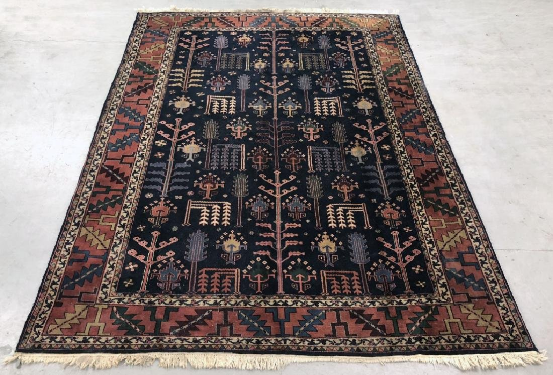 Room Size Directional Carpet with Blue Field
