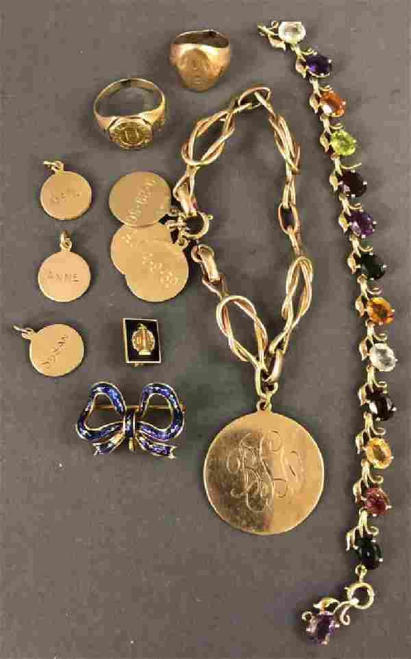 Grouping of Jewelry