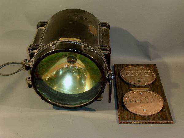 296: Locomotive headlight for 2-6-2-21 locomotive, Wh