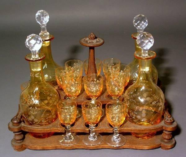 326: Tantalus insert & bottles on stand.