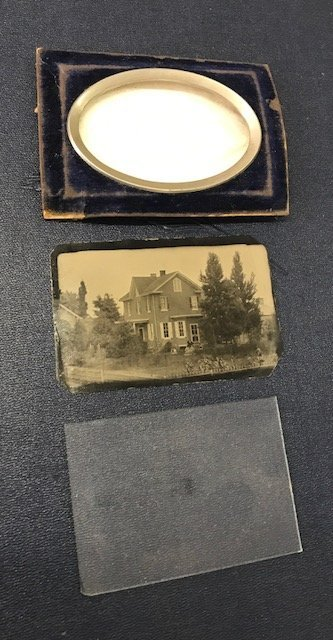 Collection of Daguerreotypes and Tintypes - 4