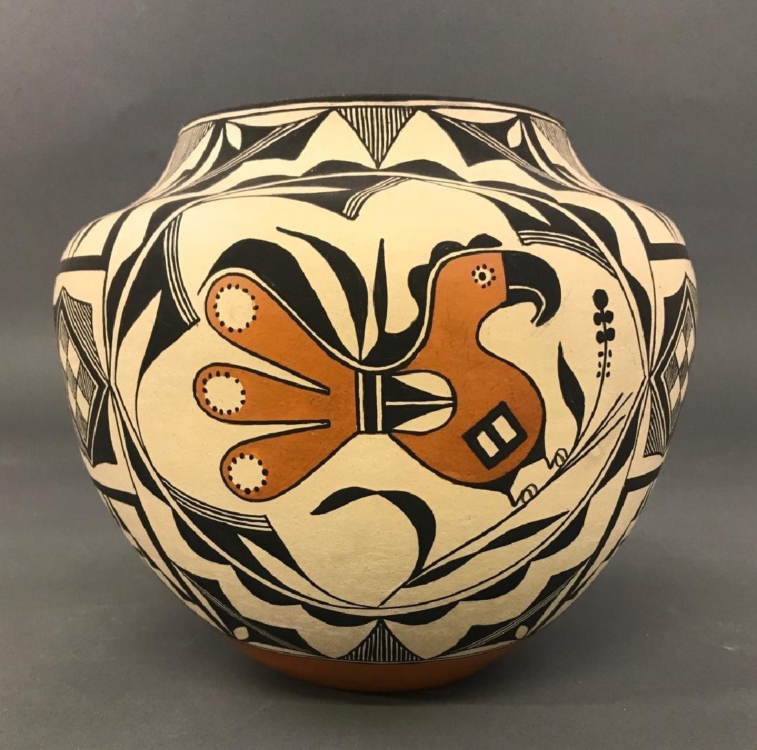 Acoma Pueblo Fertility Vase by Florence Aragon