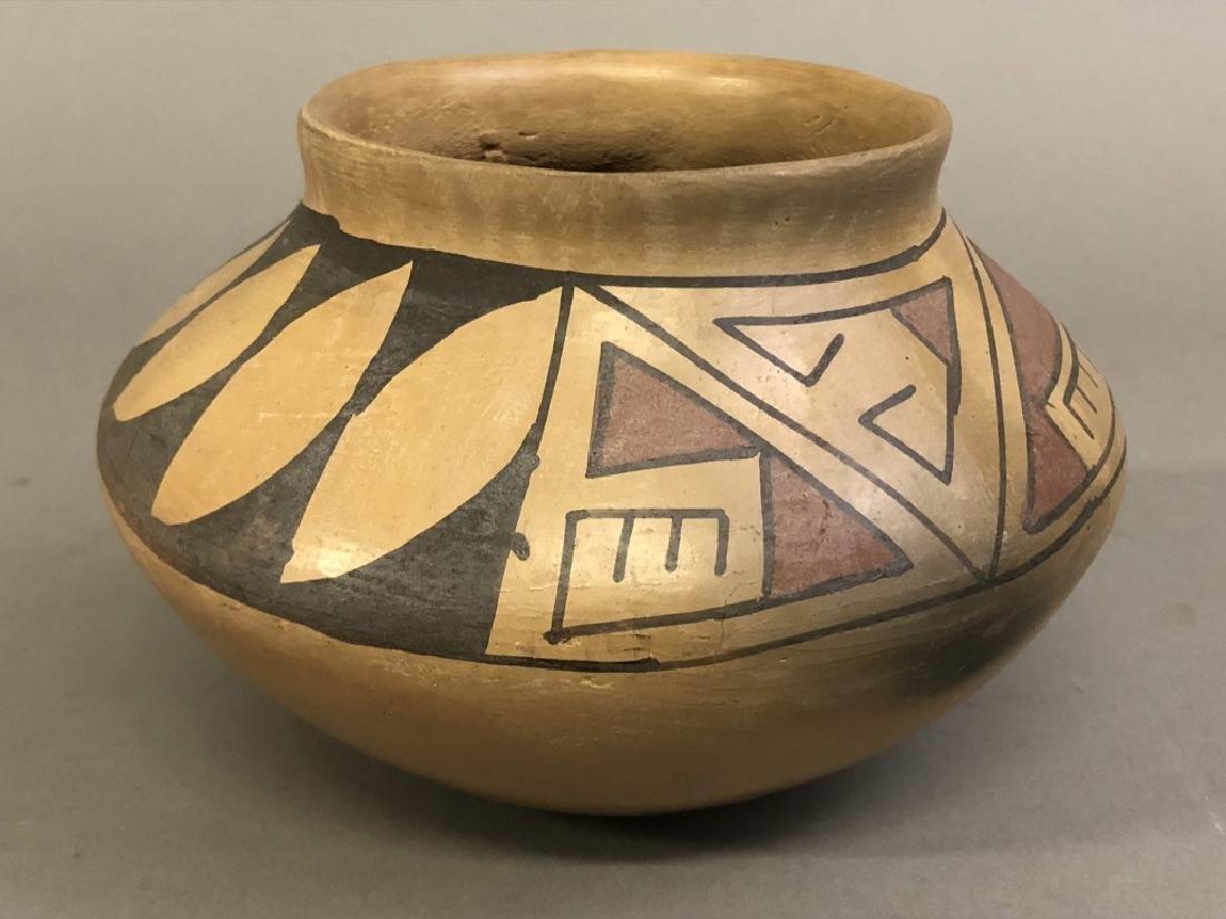 Southwestern Indigenous American Ceramic Pot - 4
