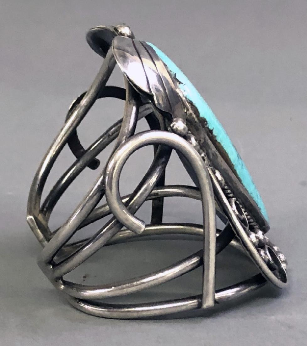 Southwestern American Turquoise & Silver Bracelet - 4