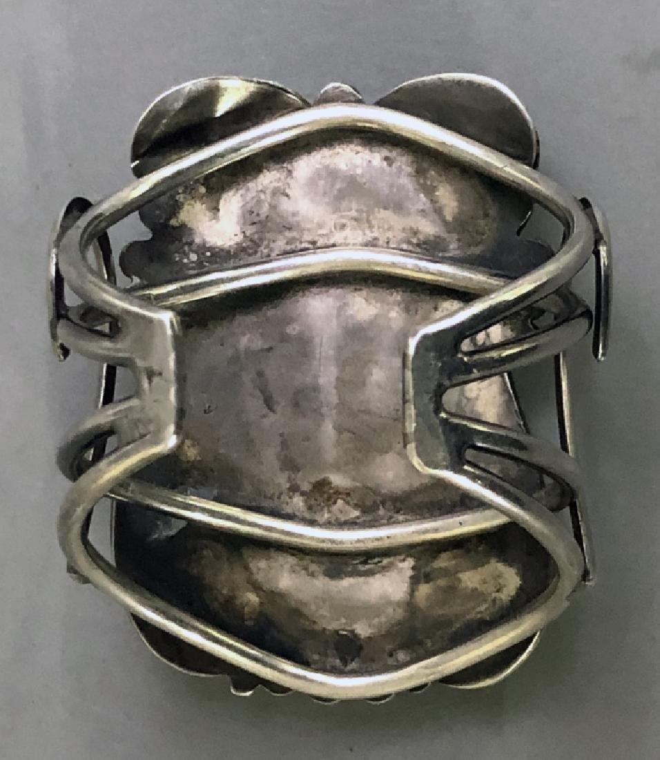 Southwestern American Turquoise & Silver Bracelet - 6