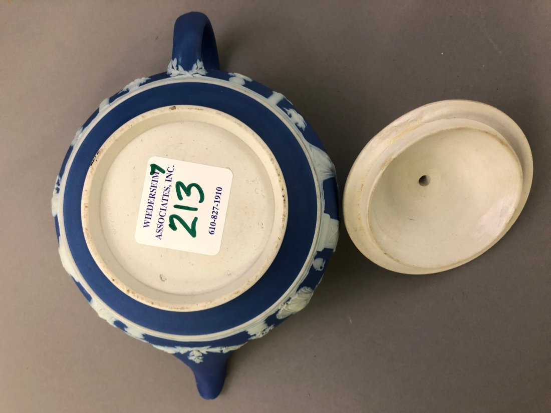 Early Wedgwood Teapots, Sugar Bowls, Creamers - 8