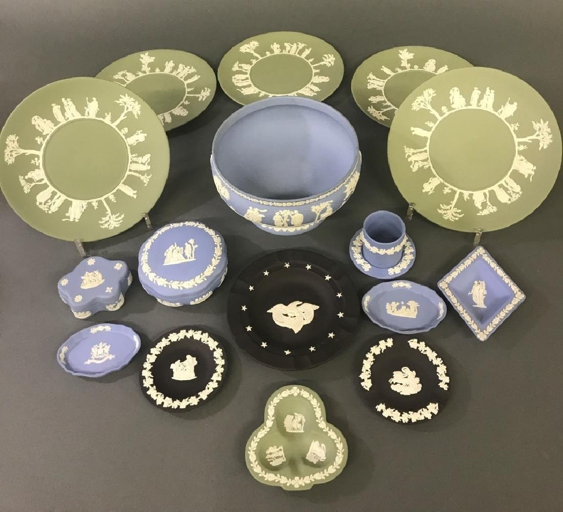 Wedgwood Grouping with Centerpiece Bowl - 2