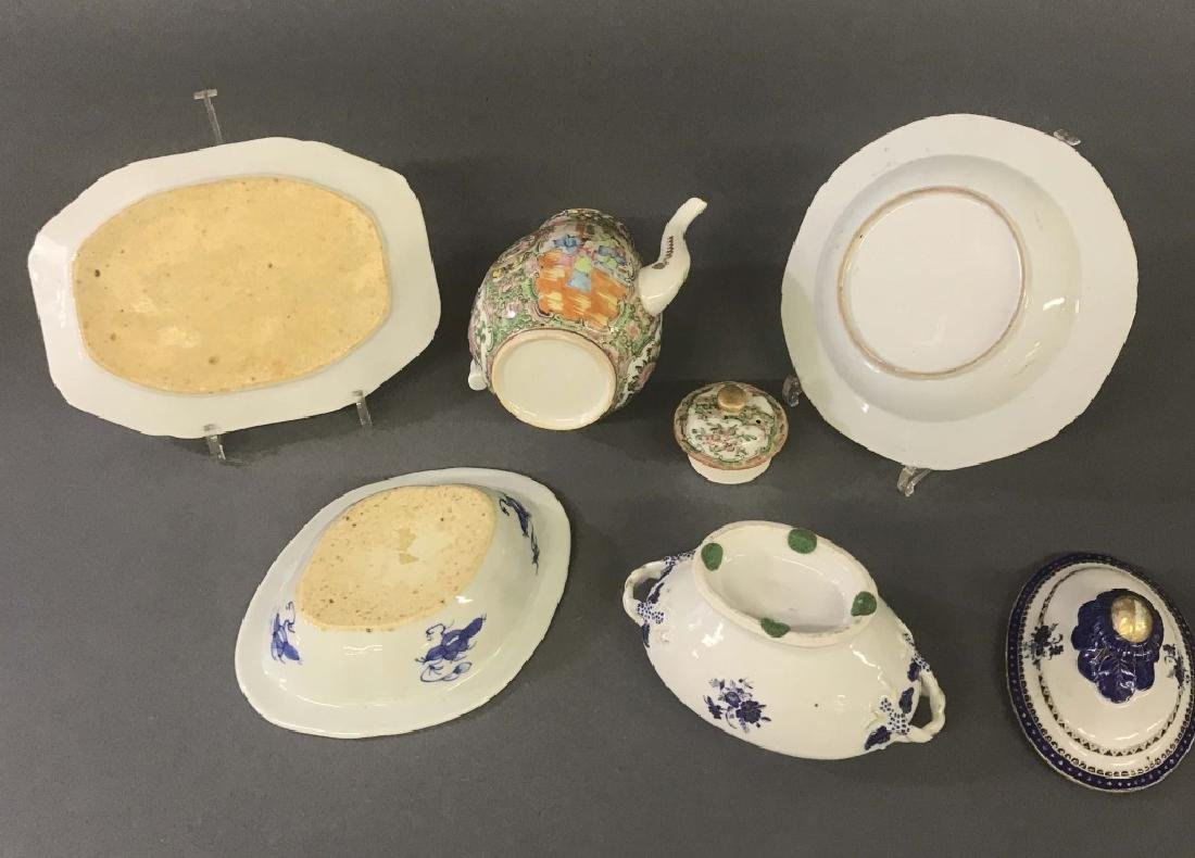 Chinese Export Porcelain Dishes and Coffee Pot - 3