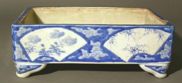 """12: Oriental blue & white planter. 3.5""""h.x10""""w.x7""""d."""