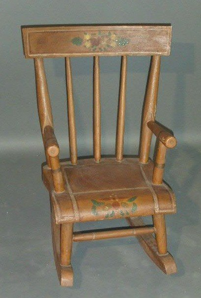 367:   Child's rocking chair, 19th c., with paint decor
