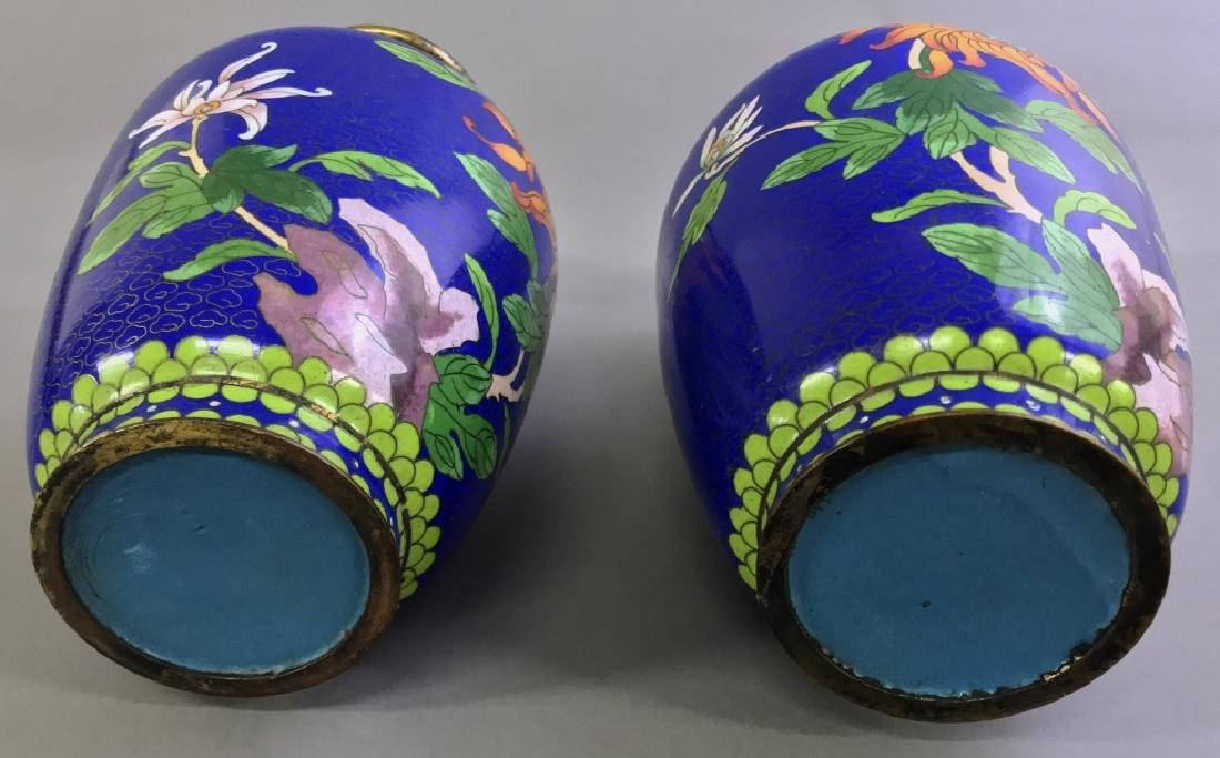 Pair of Cloisonne urns - 3