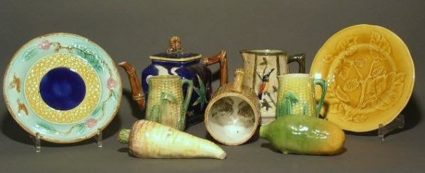 11: Misc. English majolica, nine pieces.
