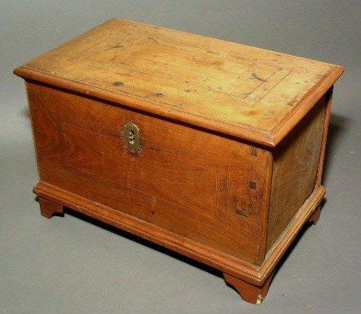 253:  Miniature Pennsylvania walnut blanket chest, 19t