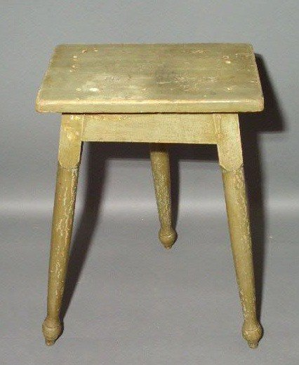 521:  Three legged pine table, c.1800, with dovetail,