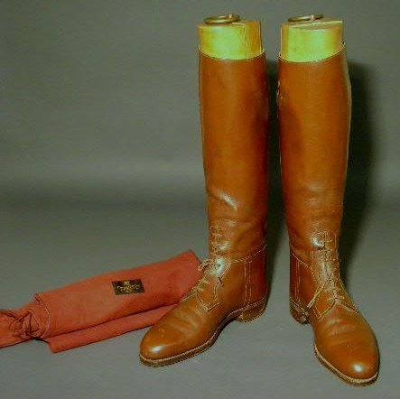 10: Pair of Abercrombie & Fitch brown English riding bo