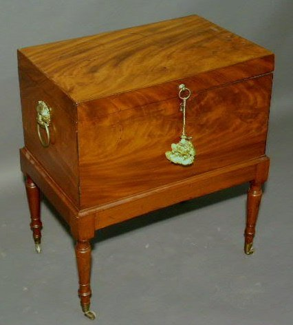 "329: George III mahogany cellarette. 24""h.x21""w.x13.5""d"