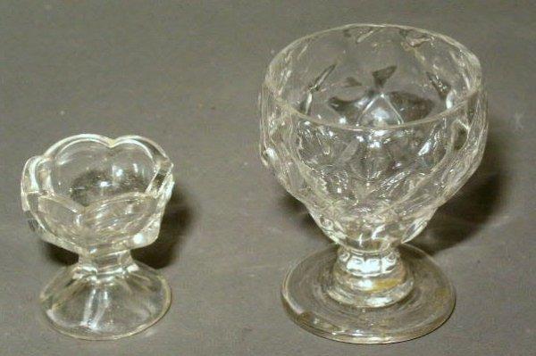 """18: Early blown glass master salt, 3.25""""h.x2"""" diam., an"""