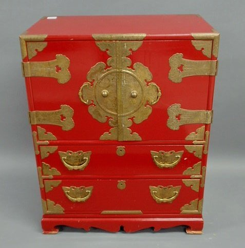 216: Red Chinese wedding style cabinet with brass mount