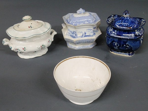 22: Blue Staffordshire sugar bowl decorated with a ta