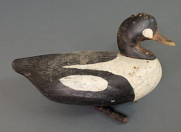 15: Carved duck decoy with paint decoration and origin