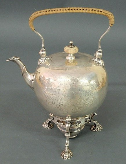 290: Fine George II teapot on stand with engraved armor