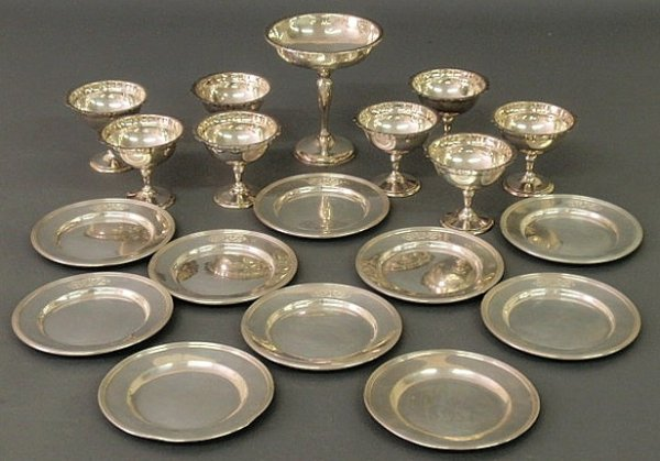 239: Group of sterling silver items- weighted compote 6