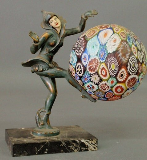 257: Art Nouveau style metal figural lamp of a dancing