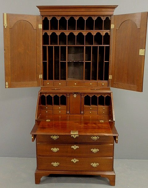 430: Rare Queen Anne walnut secretary bookcase, c.1740,