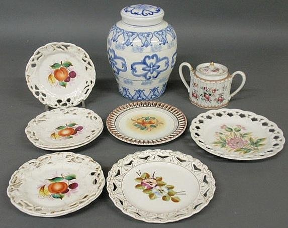 "20: Samson sugar pot 4.5""h., c.1875, eight porcelain d"