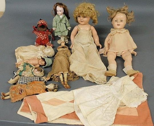 122: Grouping of dolls, various makers and ages, doll q