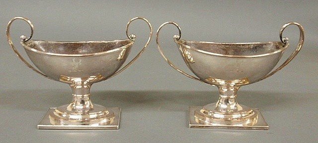 22: Pair of English Sheffield urns with engraved stag
