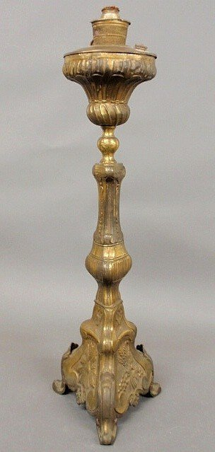 14: Large Continental brass oil lamp, 19th c., decora