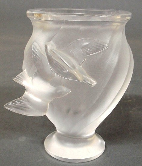 28: Signed Lalique, France frosted glass vase with bi